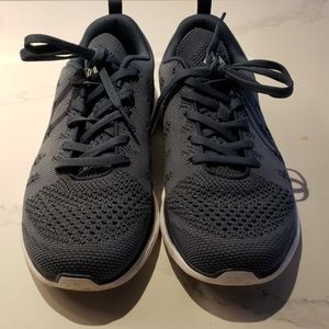 lululemon athletica Shoes - Lululemon Mens Techloom Pro Shoes